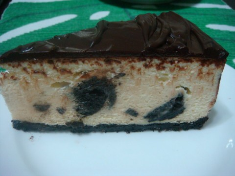 Oreo Temptation Cheese Cake (per lb)
