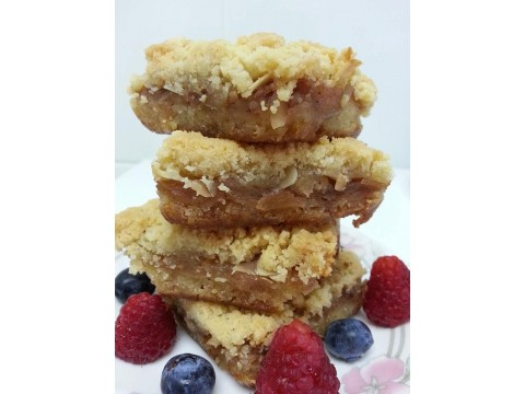 Apple Crumble Squares