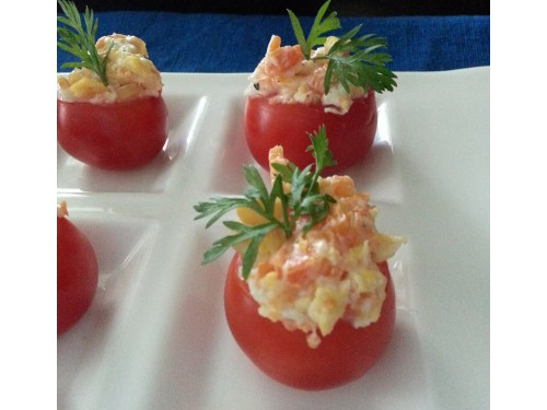 Herbed omlette in Tomato cups
